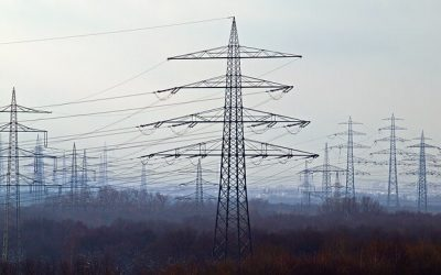 Living Near Power Lines: What's the Risk?